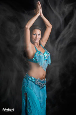 belly dancer brunette