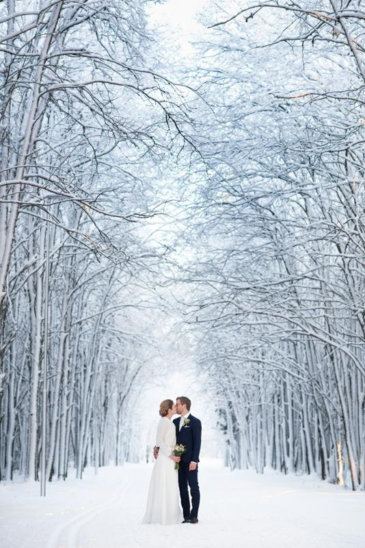Vintriga bröllopsporträtt på Gammila