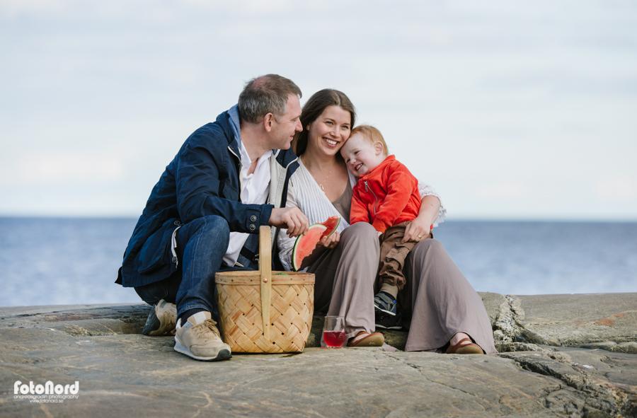 seaside family picknick